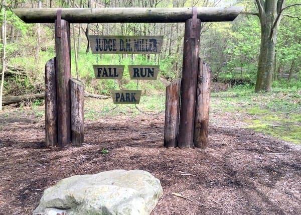 Hiking Fall Run Park near Pittsburgh, Pennsylvania