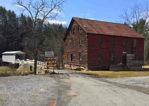 How to get to Jacksons Mill Covered Bridge near Breezewood, Pennsylvania