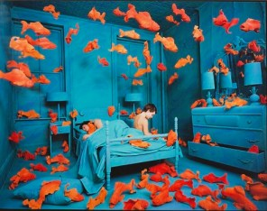 Sandy Skoglund, Revenge of the Goldfish, 1980, Color photograph, Dallas Museum of Art, General Acquisitions Fund 1981.32