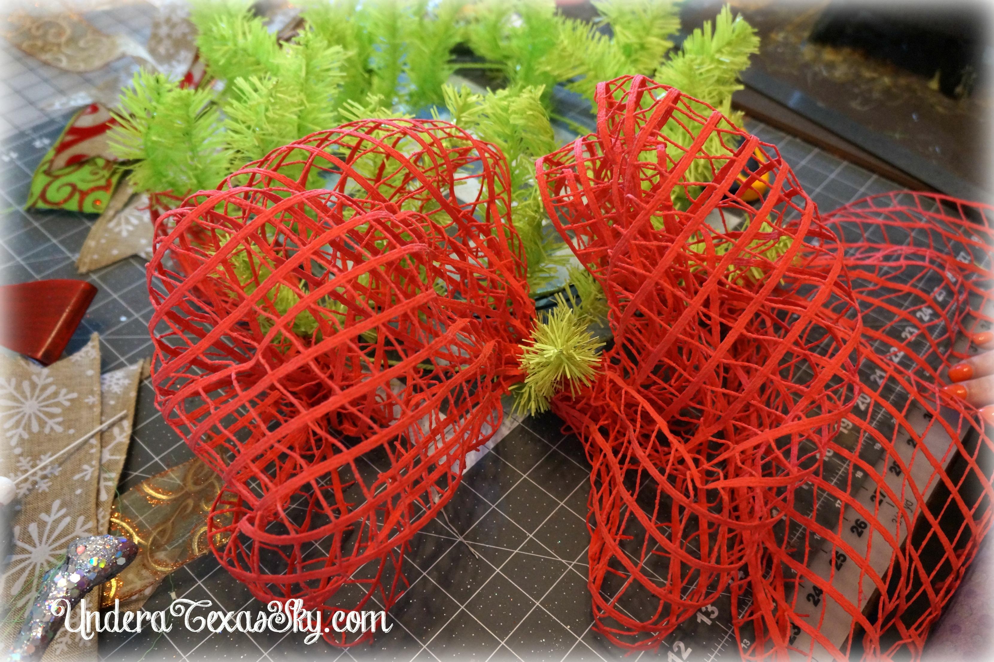 Wreaths Around Mesh Wreth Tutorial