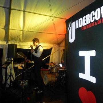 undercover_public_06