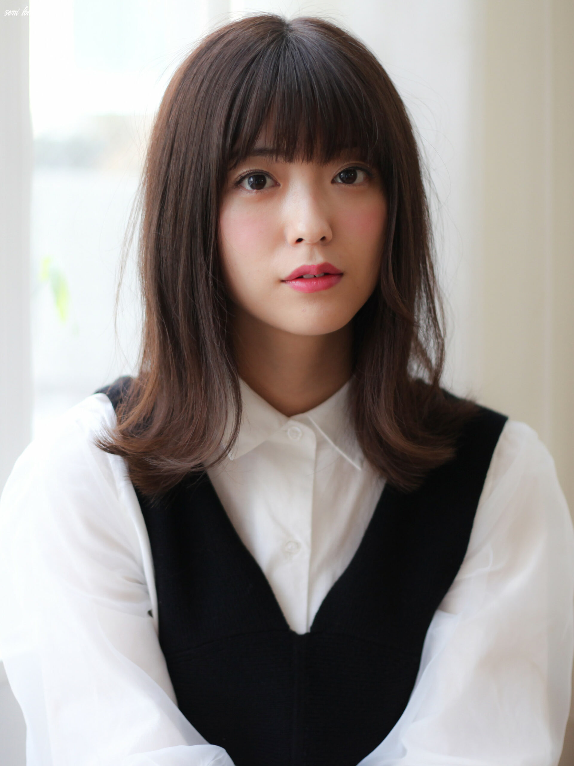 Semi-long hair catalog 【Hairstyle you want to try popular ...