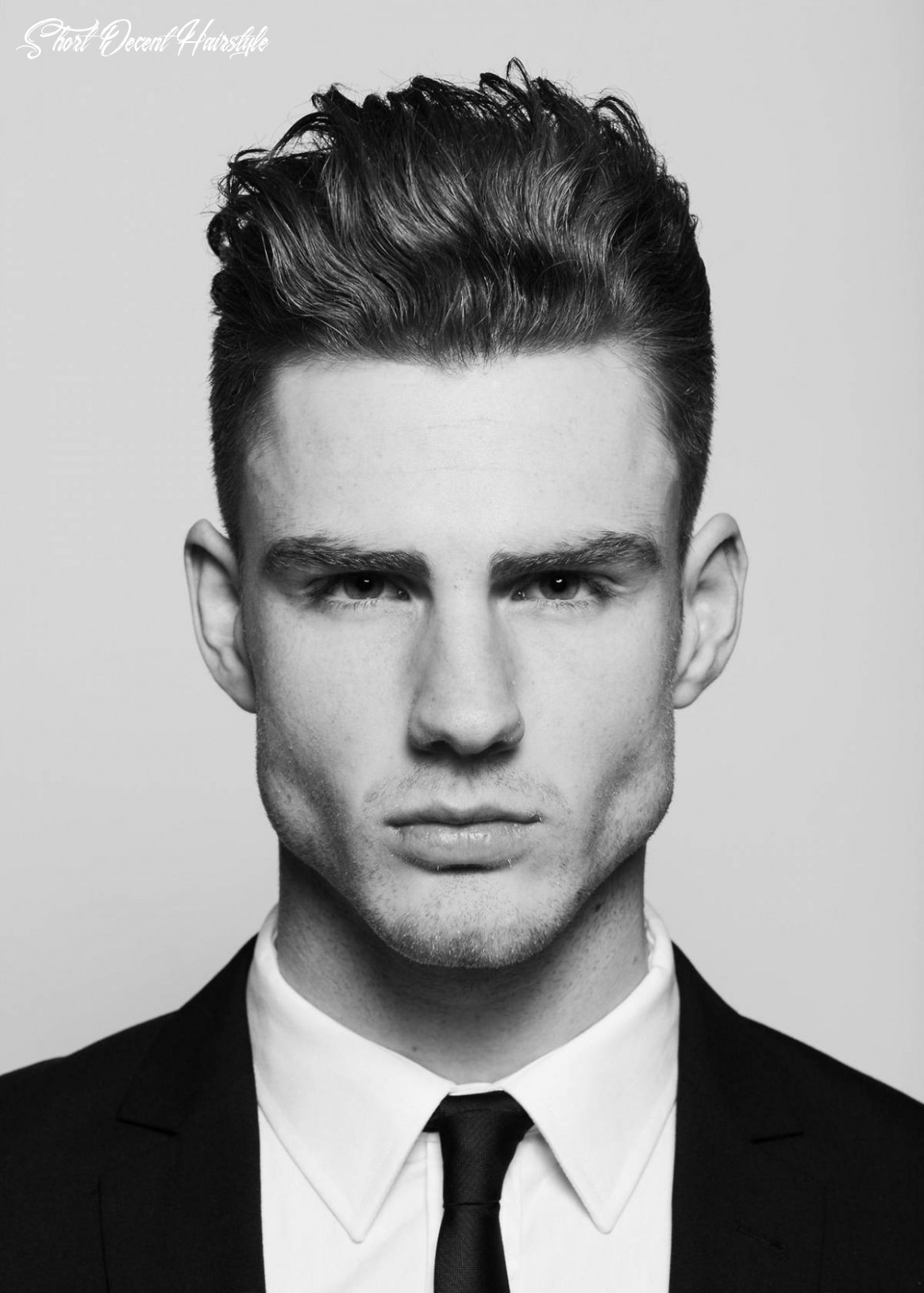 11 Best Stylish Short Hairstyles For Men [With Photos & Tips]