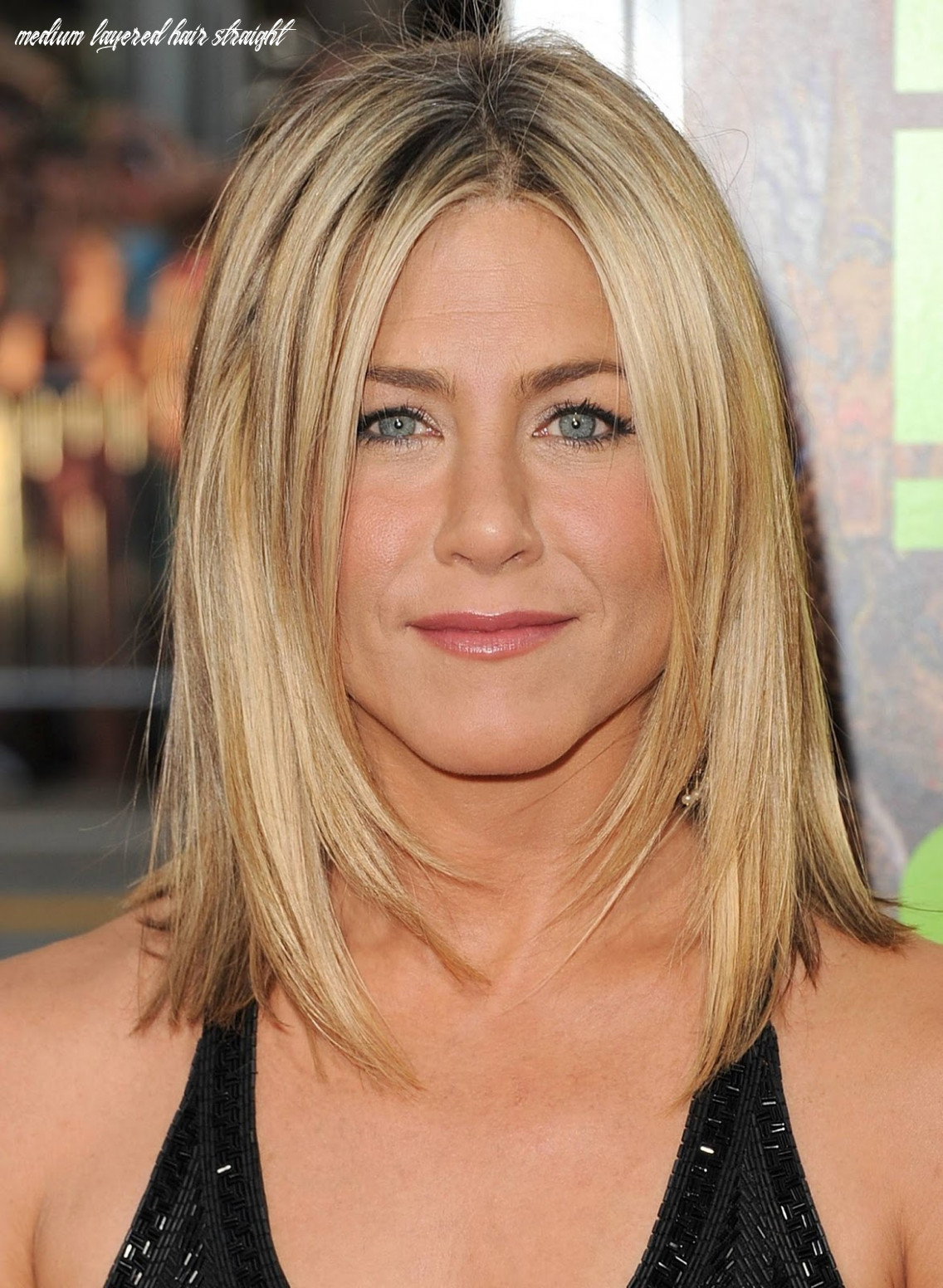 8 Medium Hairstyles For Girls With Straight Hair