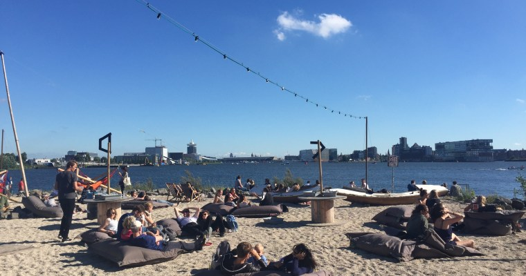 阿姆斯特丹靠海露天酒吧,夏日享受陽光的好地方- Pllek