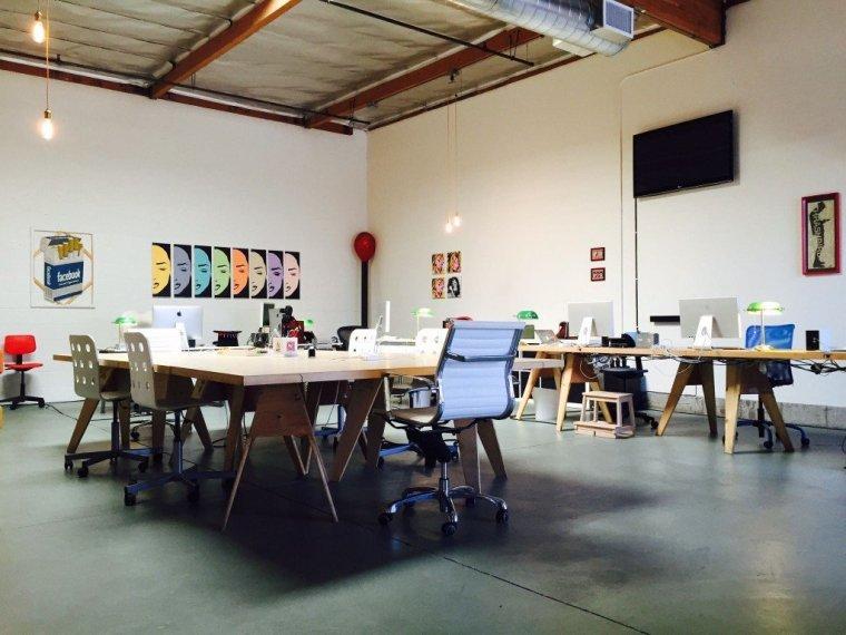 Creative Workspace / Office Set