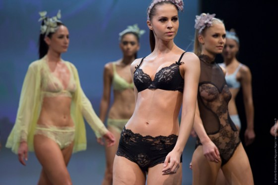 modecity_defile_lingerie_silent_assembly-2