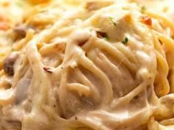 Chicken Tetrazzini – creamy Italian pasta bake