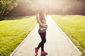 Tips for Staying Fit During Pregnancy (c) Pixabay