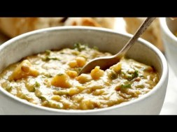 The Best Detox Crockpot Lentil Soup