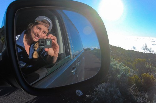 Laura Marino Undersurface road trip en van sur île de la Réunion