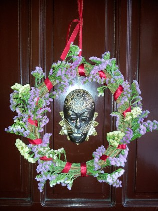 A wreath for Father Janus