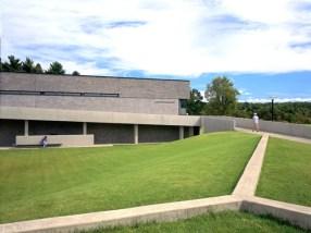Billie Tsien-Tod Williams, Helen S. Cheels Aquatic Center