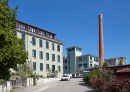 Marianne Burkhalter + Christian Sumi - Forsanose. Apartamentos en antigua fábrica, Volketswil, 2013.