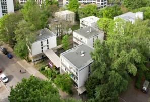 Susanne Hofmann. Pavillons Gartenwohnen Haus 5-6 Siegmunds Hof Baupiloten BDA