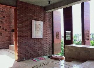 Marina Tabassum & Kashef Mahboob Chowdhury. A5 Architect's Residence
