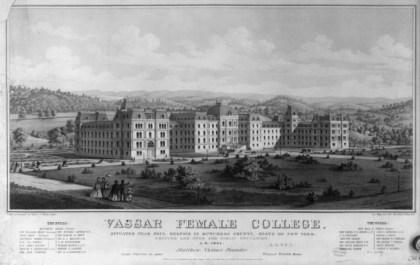 "Ruth Maxon Adams, ""Vassar College"", Poughkeepsie, Nueva York, fundada en 1861."