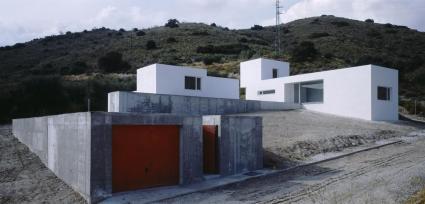 Carmen Moreno Álvarez. Casa Con Alberca. Vivienda unifamiliar en Obéilar.