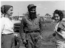 Clara Porset con Fidel Castro, Cuba, 1960