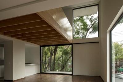 Gabriela Etchegaray y Jorge Ambrosi, Edificio Alfonso Reyes 200 (2013)