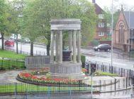 Edith Mary Wardlaw Burnet Hughes. Monumento al soldado caído en Coatridge