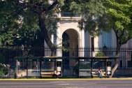 Diana Cabeza. Refugios en frente al Museo de Arte Decorativo.Hernan Zenteno © Photo
