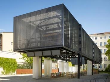 Momoyo Kaijima. Atelier Bow-wow. BMW Guggenheim Lab - Berlin, 2012.
