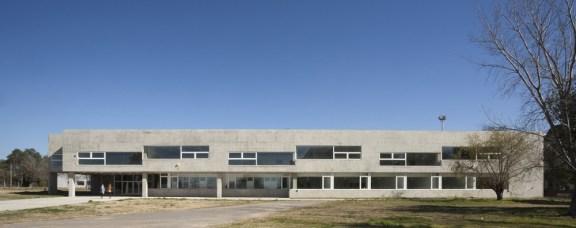 Maite Fernández, Gerardo Caballero. Escuela de Ingeniería, UNR, 2013.