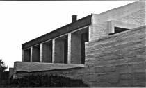 Lula Lapacó. Vista exterior Casa Goldstein, Pinamar, 1967.