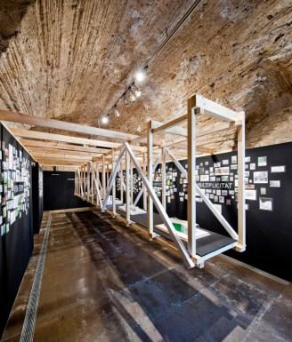 """Anna & Eugeni Bach. Las afinidades electivas. Sala de exposiciones """"La Cova"""" del Colegio Oficial de Arquitectos de Cataluña, Demarcación de Gerona. 2014."""