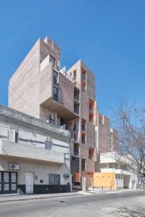 Griselda Bertoni, Eduardo Castelliti, Carlos Castelliti, José Ignacio Castelliti. Edificio 1° de Mayo. Ciudad de Santa Fe. 2010.