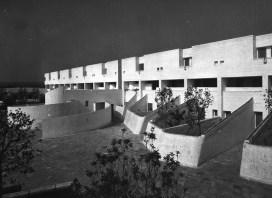 Luisa Anversa, Lucio Barbera, Gabriele Belardelli, Claudio Maroni, Vieri Quilici_ Complejo turístico Valtur_Ostuni (Bari), Italia_ 1967