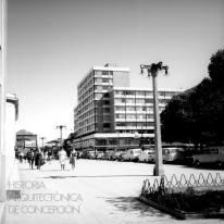 Gabriela Gonzalez, Osvaldo Caceres-Alejandro Rodriguez, Edmundo Buddemberg, 1956, Edificio FIUC