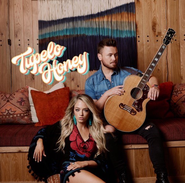 Tupelo Honey is duo made up of Jordyn Mallory and Zach Moody