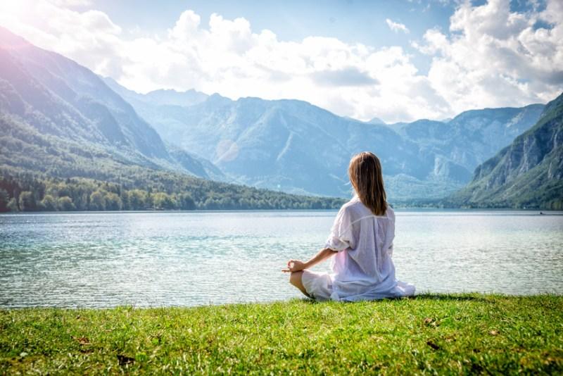 Meditation nature mer montagne mediter