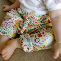 Le petit pantalon carotte 6-12 mois