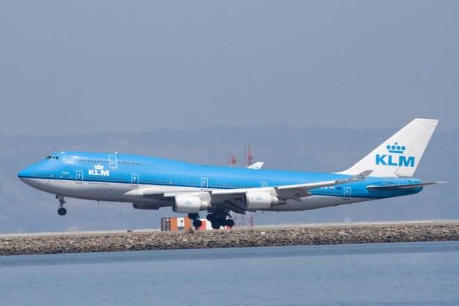 Ca s'est passé un.....9 février ! By uneautreannee.com   Boeing-747-à-latterrissage