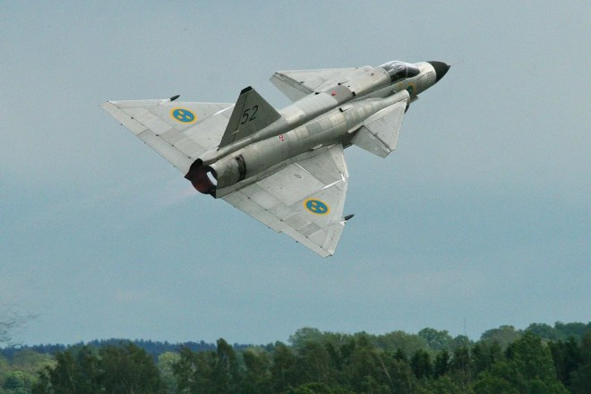 Saab 37 Viggen photo