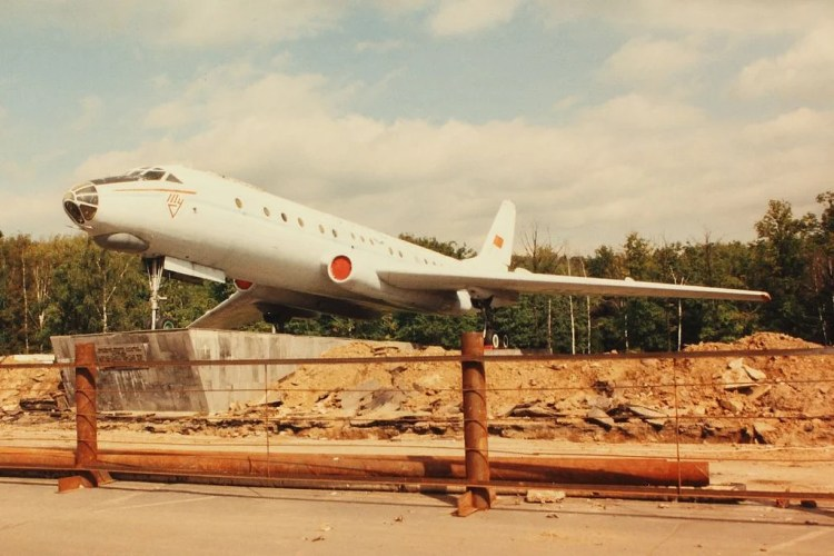 tupolev 104 photo