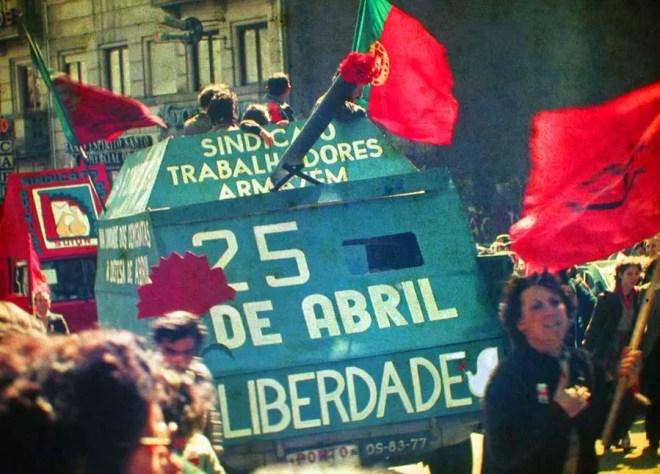 25 avril révolution des oeillets