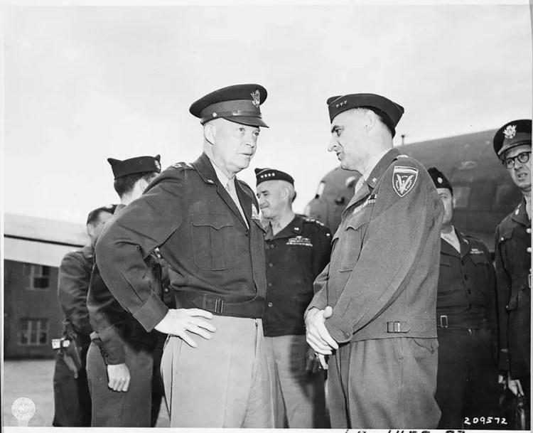 Général Clay et Eisenhower
