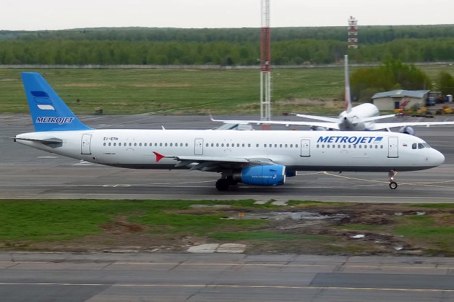 airbus A321 metrojet photo