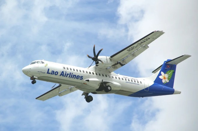 ATR 72-600 lao airlines photo
