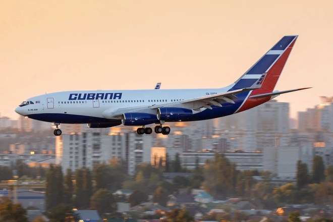 cubana de aviacion photo