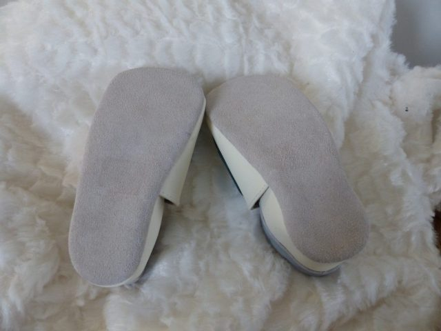 chaussons souples en cuir - blog maman