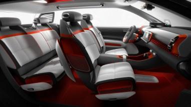 Citroën C-Aircross Concept intérieur 2