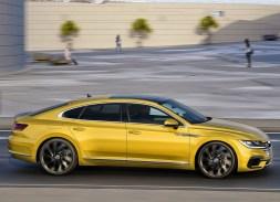 Volkswagen Arteon dynamique jaune