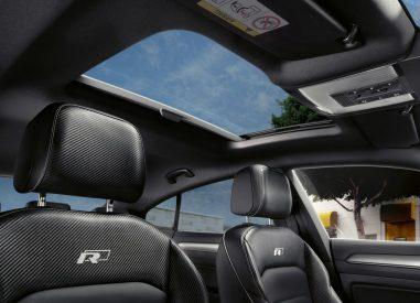 Volkswagen Arteon toit ouvrant intérieur