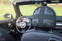 Mini John Cooper Works Cabrio appuie tête union jack