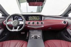 Mercedes-Benz S-Klasse Coupé; C 217; Interieur: designo Leder bengalrot/schwarz; Zierteile: Holz Esche grau seidenmatt // Interior: designo leather bengal red/black; Trim parts: grey satin-finish ash wood